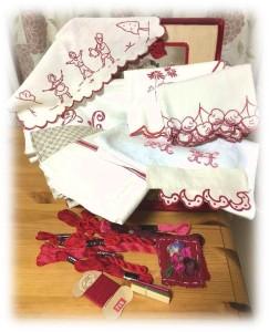 赤糸刺繍のメルスリー4